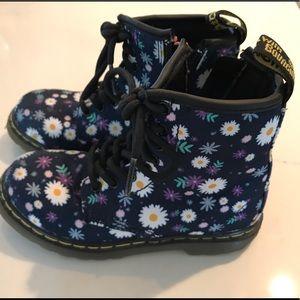 Doc Marten toddler delaney flower power new 11
